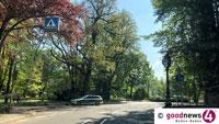 Schwere Verletzungen bei Unfall in Lichtentaler Allee – Mit geklautem Roller gegen Baum