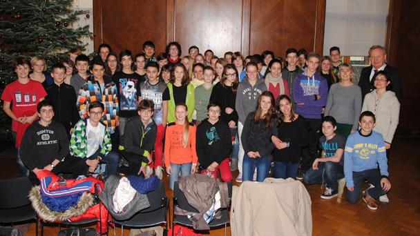 Schüler aus Frankreich im Rathaus empfangen