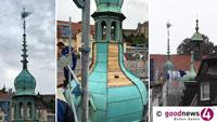 Neue Turmspitze am Sonnenplatz – Nach Großbrand erneuert