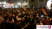 """Deutschland Weltmeister 2014! - Am Baden-Badener Leopoldsplatz wollten Jubel und Party nicht enden - """"Wer war der Größte heute Nacht? Götze! Und wie lange feiert ihr? Die ganze Nacht!"""""""