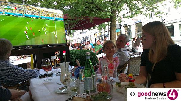 Abgekühlte Feierlaune der Baden-Badener Fans nach 2:2 gegen Ghana - Dürftiger Autokorso rund um den Leo - 4500 Fans bei Public Viewing in Rastatt